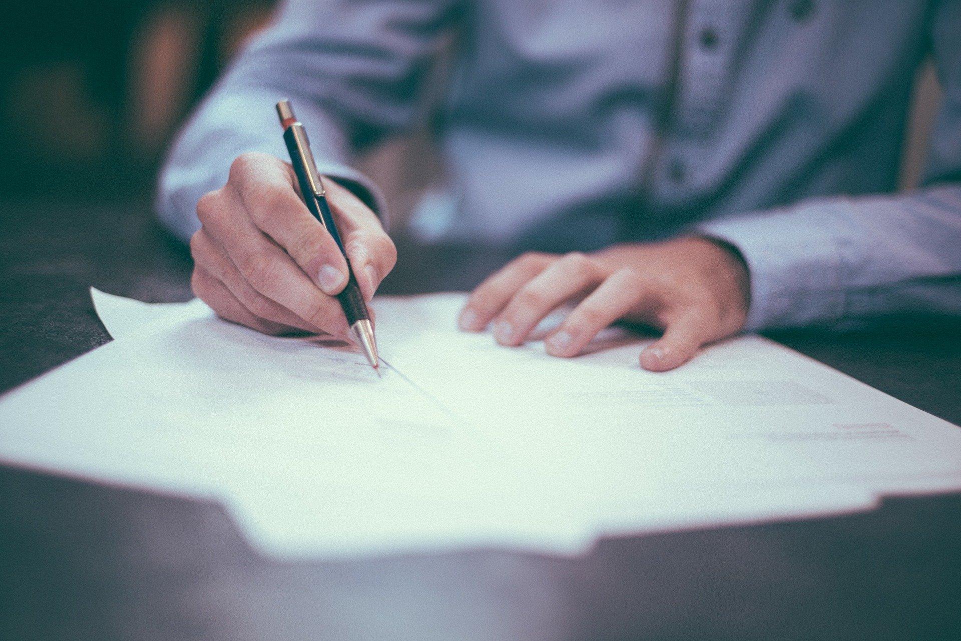 Cómo crear una carta de presentación que resalte tu candidatura. GUIA GRATUITA